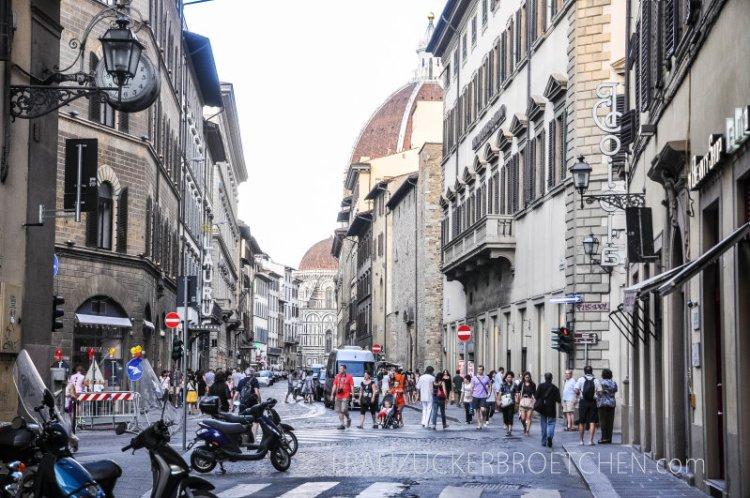 Tag1_Florenz_frauzuckerbroetchen10.jpg
