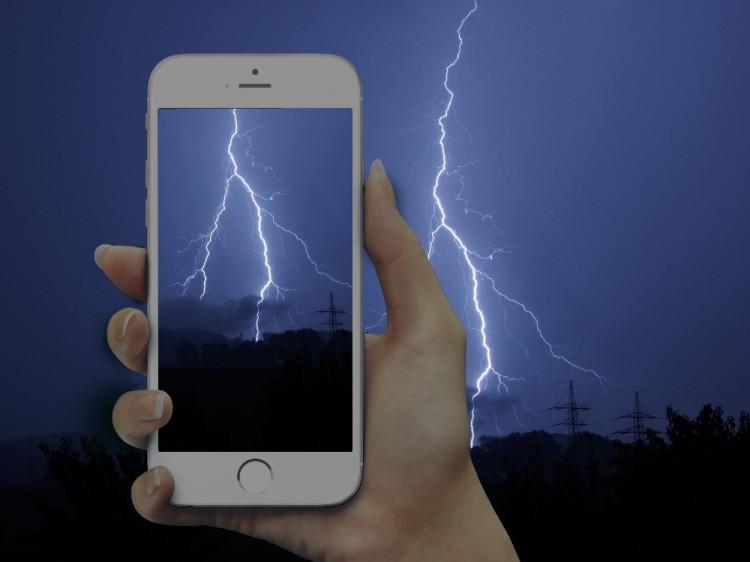 auf_blitzejagd_mit_dem_smartphone_frauzuckerbroetchen