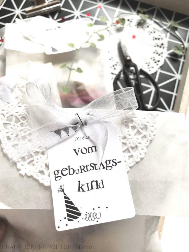 Anhaenger_vom_Geburtstagskind6_Geburtstagsvorbereitungen_Kindergeburtstag_FrauZuckerbroetchen
