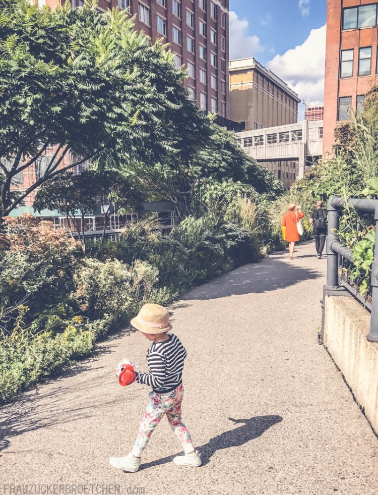Der High Line Park_Die stillgelegte Hochbahntrasse im Manhattans Westen3_Frau Zuckerbrötchen