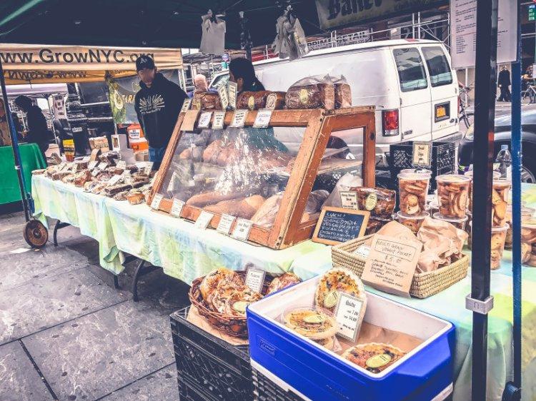 New York Food Markets_City Hall Green Market7