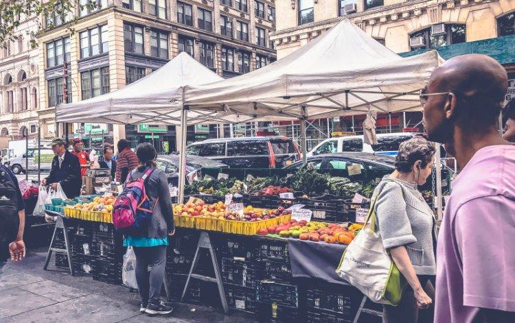 New York Food Markets_City Hall Green Market.jpg